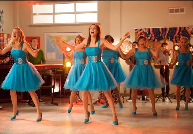 "GLEE: The girls perform in the ""Sadie Hawkins"" episode of GLEE airing Thursday, Jan. 24 (9:00-10:00 PM ET/PT) on FOX. Pictured L-R: Heather Morris, Vanessa Lengies, Melissa Benoist, Alex Newell, Jenna Ushkowitz and Becca Tobin. ©2013 Fox Broadcasting Co. CR: Eddy Chen/FOX"