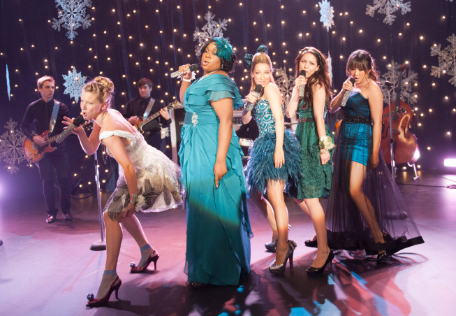 "GLEE: The girls perform in the ""Sadie Hawkins"" episode of GLEE airing Thursday, Jan. 24 (9:00-10:00 PM ET/PT) on FOX. Pictured L-R: Heather Morris, Alex Newell, Vanessa Lengies, Melissa Benoist and Jenna Ushkowitz.  ©2013"