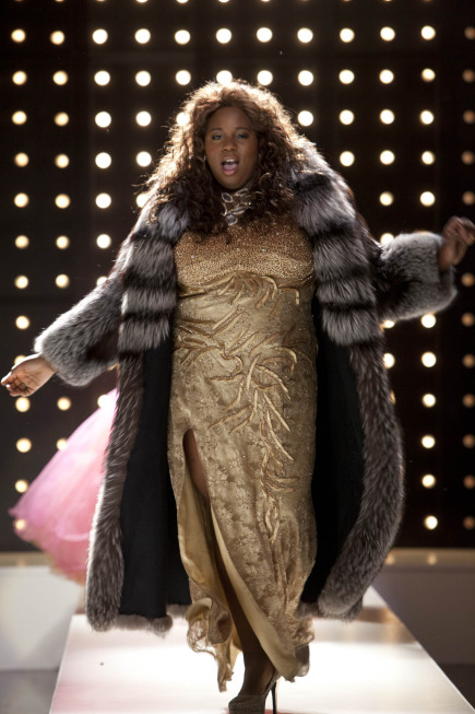"GLEE: Unique (Alex Newell) dresses up for ""Diva Week"" in the ""Diva"" episode of GLEE airing Thursday, Feb. 7 (9:00-10:00 PM ET/PT) on FOX. ©2013 Fox Broadcasting Co. CR: Adam Rose/FOX"
